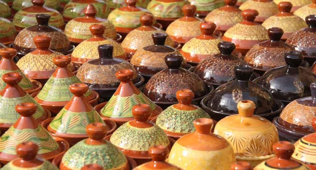 Tajines - traditionelle Schmorgefäße
