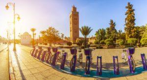 Fahrräder vor Koutoubia Moschee